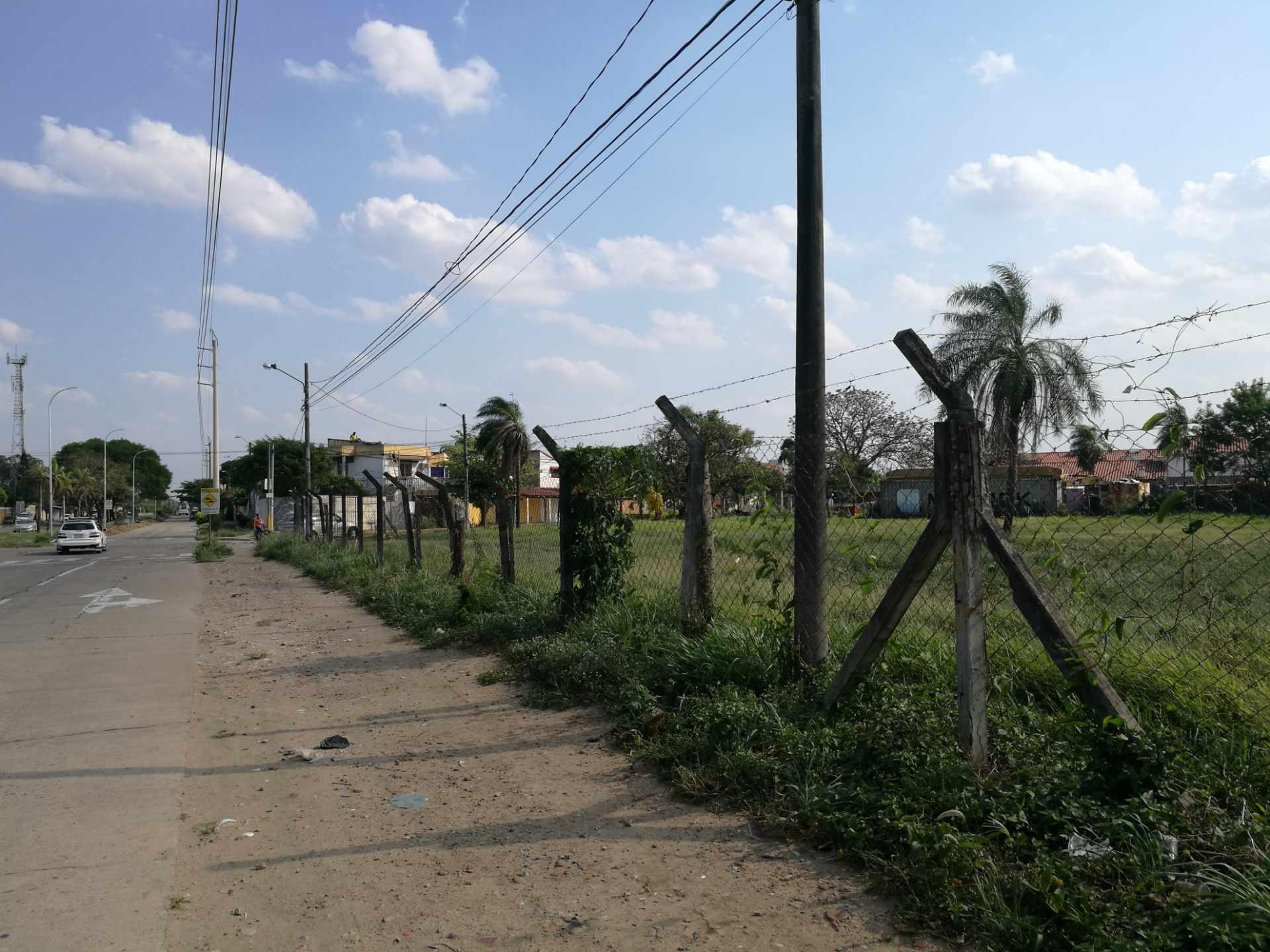 Terreno en Venta TERRENO EN VENTA AV. SAN MARTIN DE PORRES A UNA CUADRA DE LA AV. GRIGOTA Foto 13