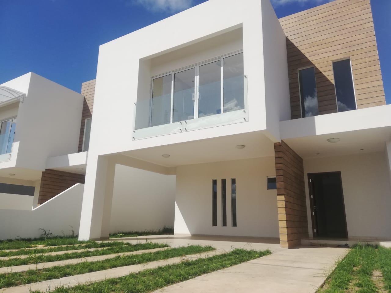Casa en Venta Carretera a cotoca 8tvo anillo entrando por la casona Foto 8
