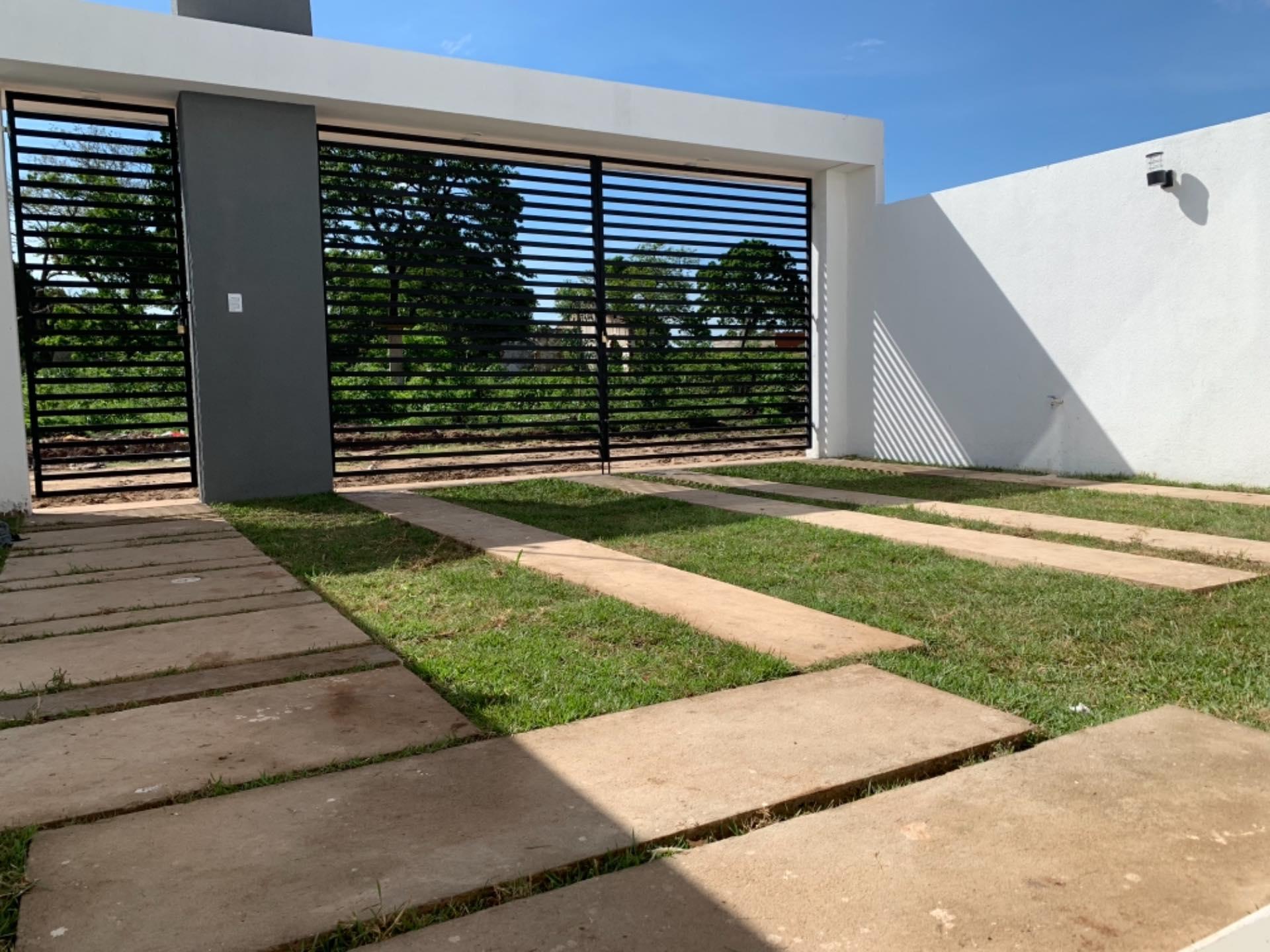 Casa en Venta Zona Doble Via La Guardia Av. Olímpica 8vo. Anillo Foto 4