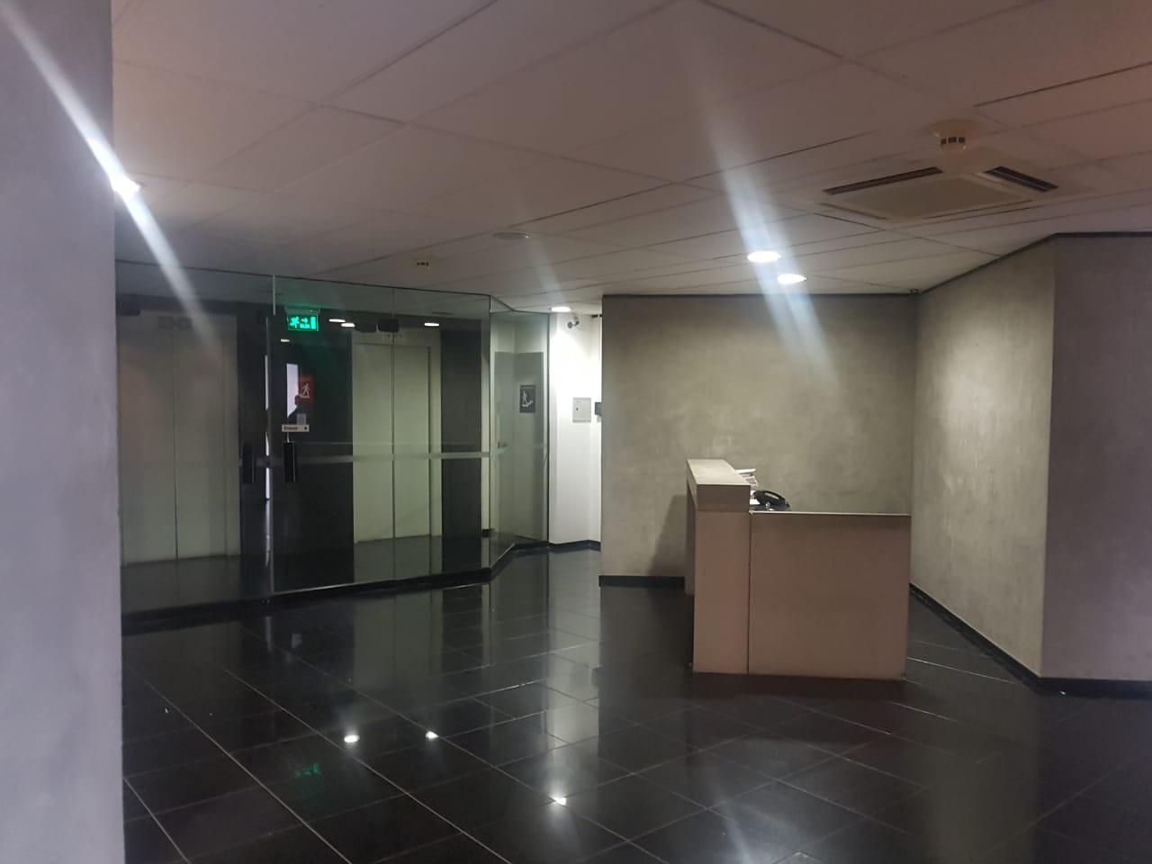 Oficina en Venta Gran oficina de lujo Torre Empresarial CAINCO   Foto 15