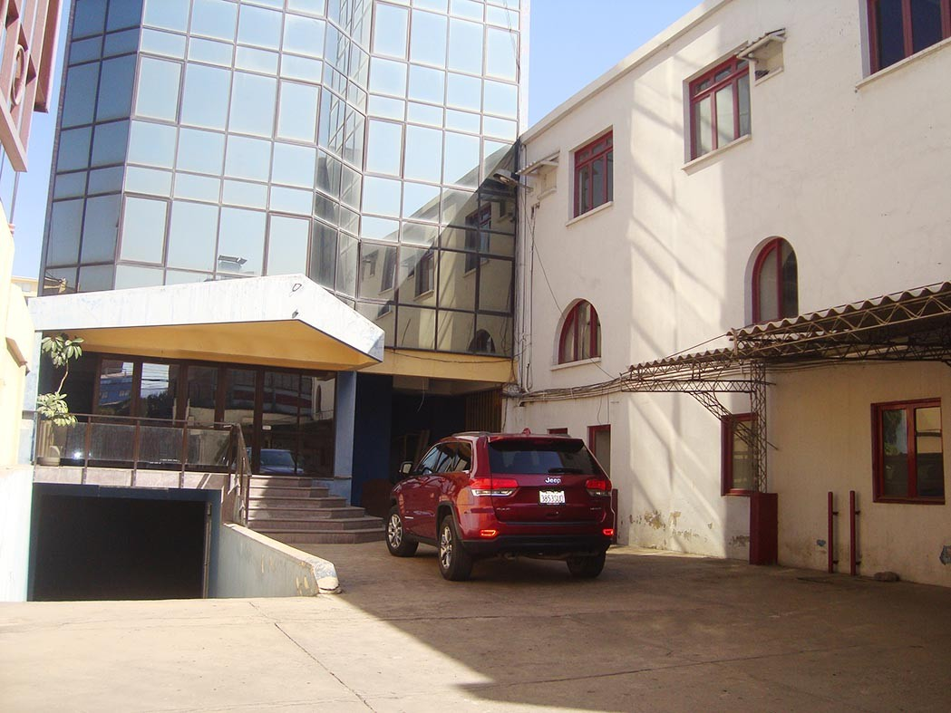 Edificio en Venta Zona Central, Terminal de Buses, plena Av. Ayacucho Foto 12