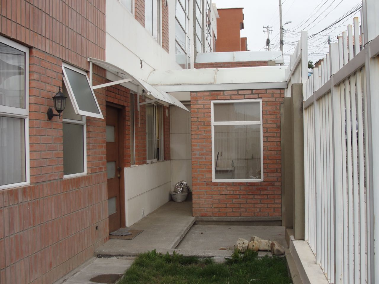 Departamento en Alquiler COTA COTA, BONITO DEPARTAMENTO EN ALQUILER Foto 6