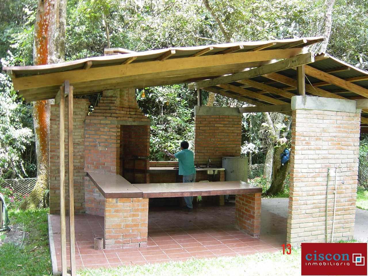 Casa en Venta Chulumani, a 15 minutos del pueblo. Foto 6