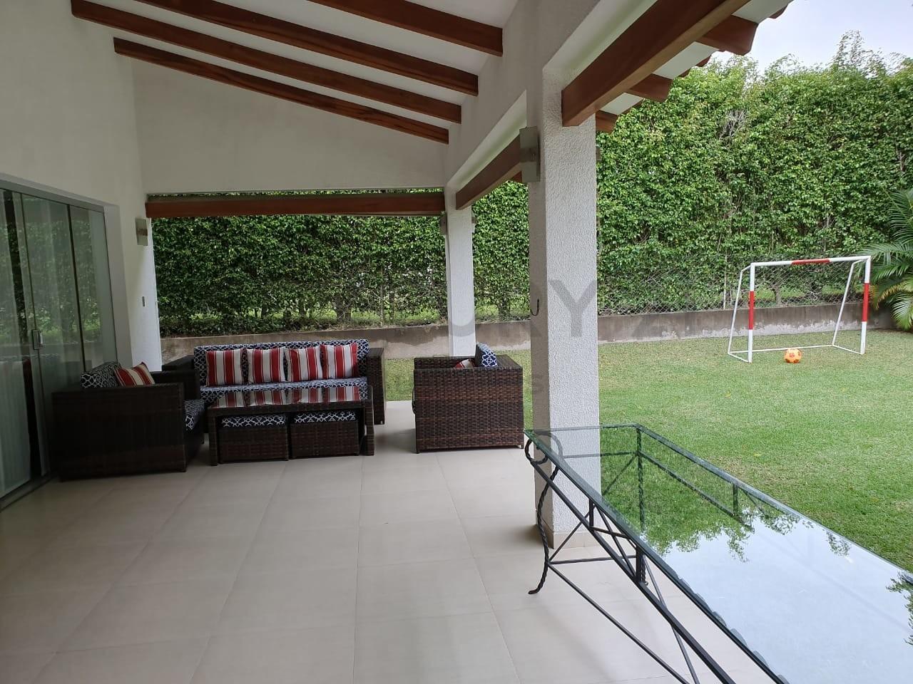 Casa en Alquiler Colinas del Urubo 1 Foto 7