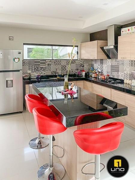 Casa en Alquiler ZONA NORTE, ENTRE 3ER Y 4TO ANILLO Foto 2
