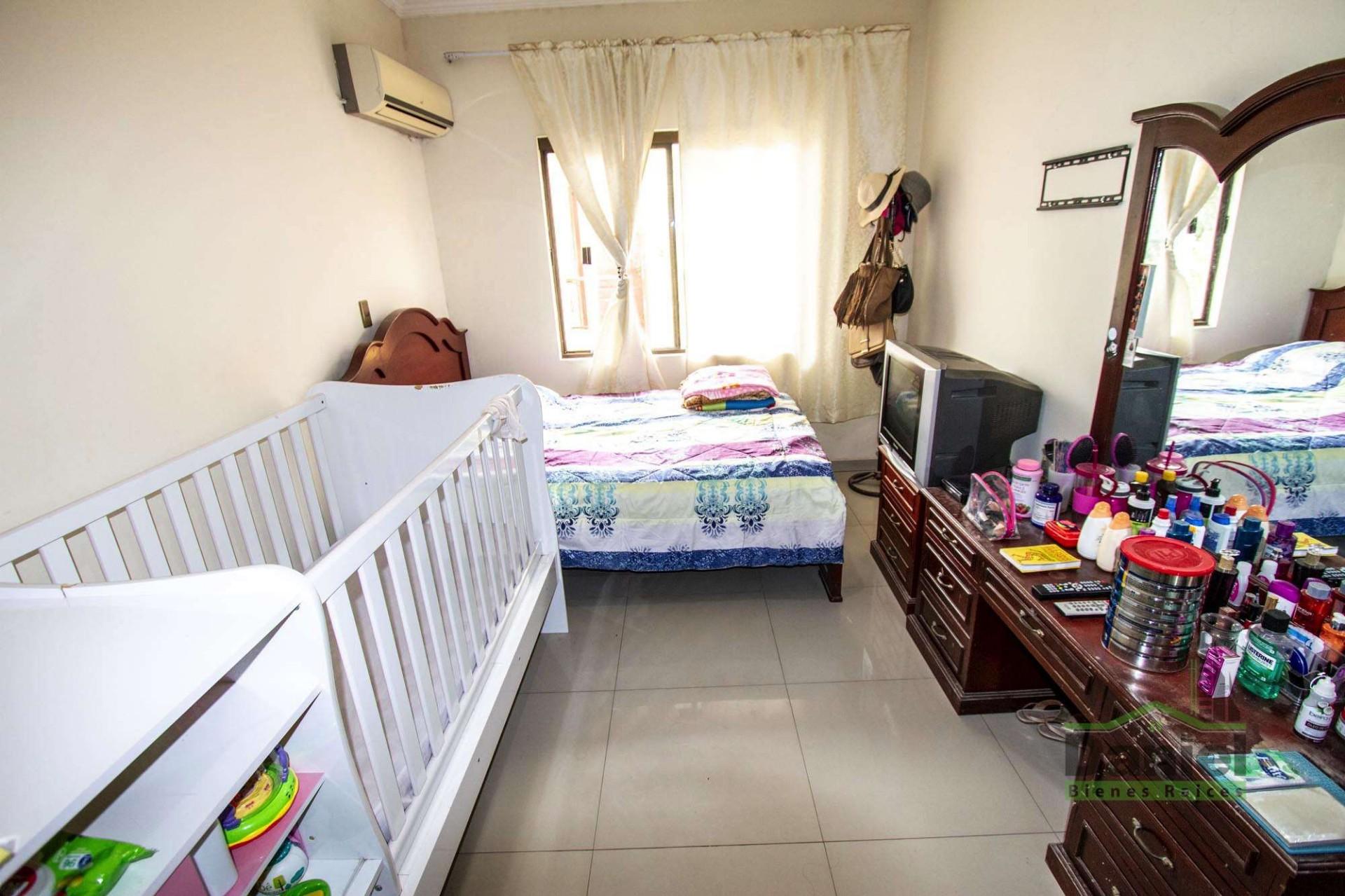 Casa en Venta EN VENTA BONITA CASA RADIAL 27 Y CALLE LOS GUAPOS Foto 7