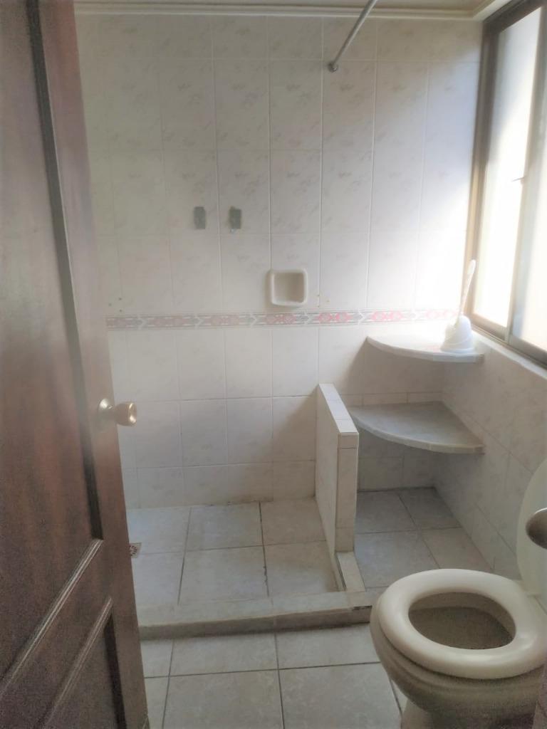 Casa en Alquiler COND LOS BOSQUES ENTRE 4TO  Y 5TO ANILLO RADIAL 26, CASA EN ALQUILER Foto 13