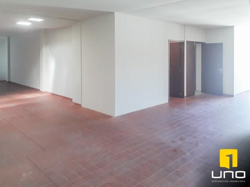 Casa en Alquiler ZONA AV. ROCA CORONADO ENTRE 2DO Y 3ER ANILLO, EXCLUSIVAMENTE PARA OFICINAS DE EMPRESAS Foto 15