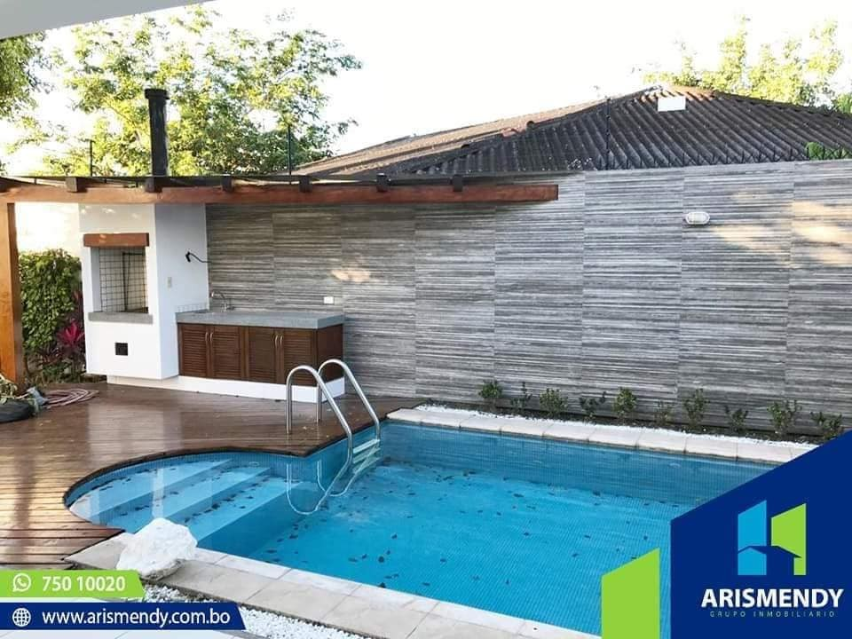 Casa en Alquiler TERCER ANILLO AV. BUSH  Foto 3