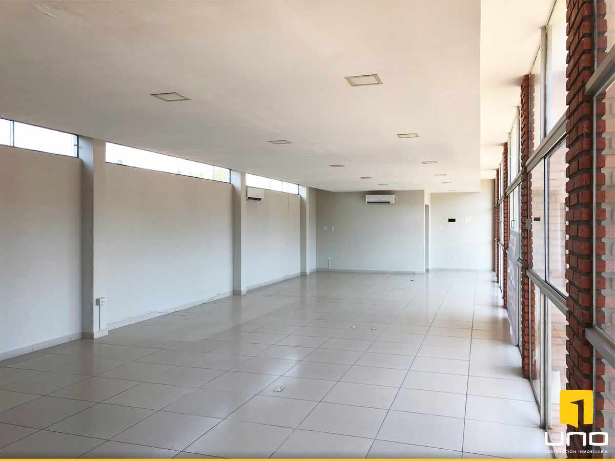 Oficina en Alquiler Calle Moldes entre Cobija y Pimentel Foto 3