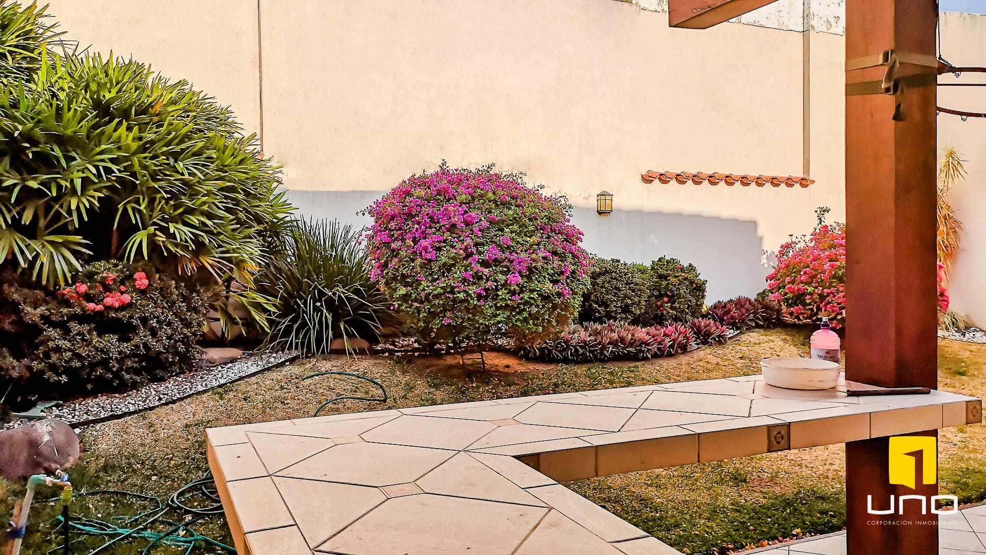 Casa en Alquiler CONDOMINIO HAMBURGO ALQUILO CASA DE 3 SUITES Foto 4