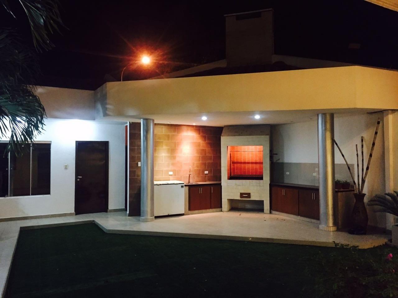 Casa en Venta  2do y 3er anillo Av. La Barranca Foto 9