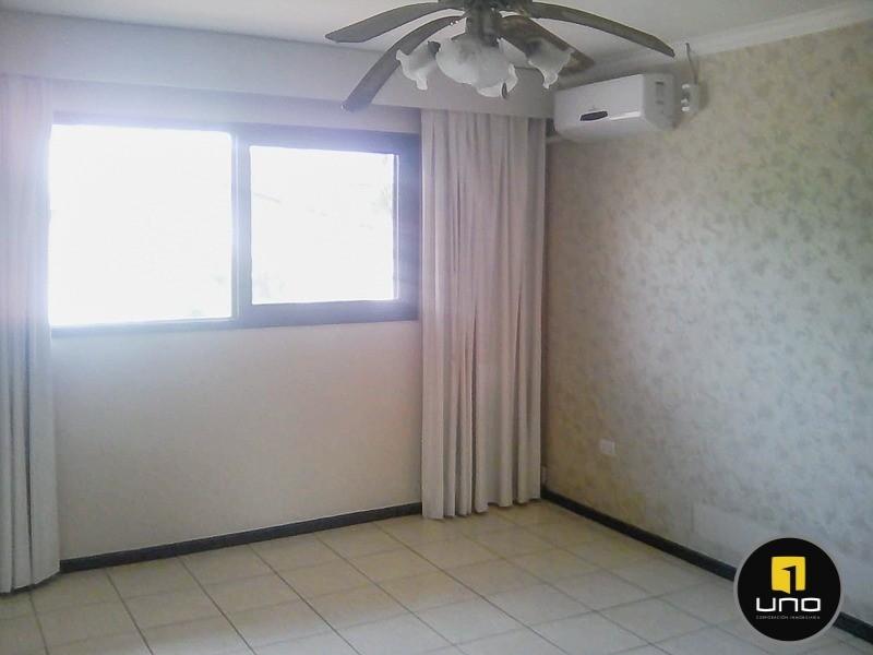 Casa en Alquiler Barrio Las Palmas; Zona Oeste Foto 25