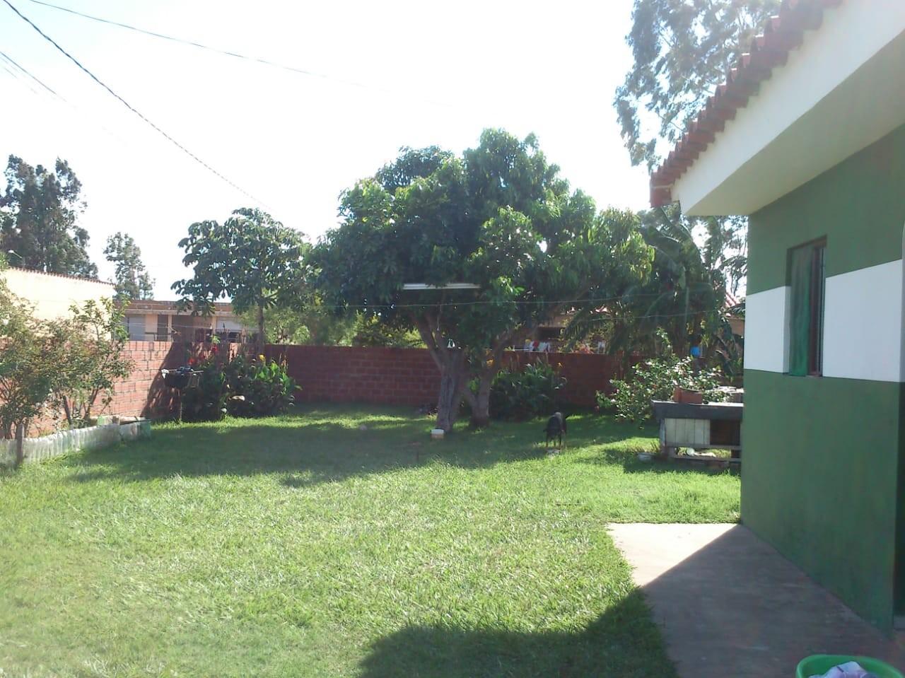 Casa en Alquiler Barrio 24 de junio distrito 12. Foto 3