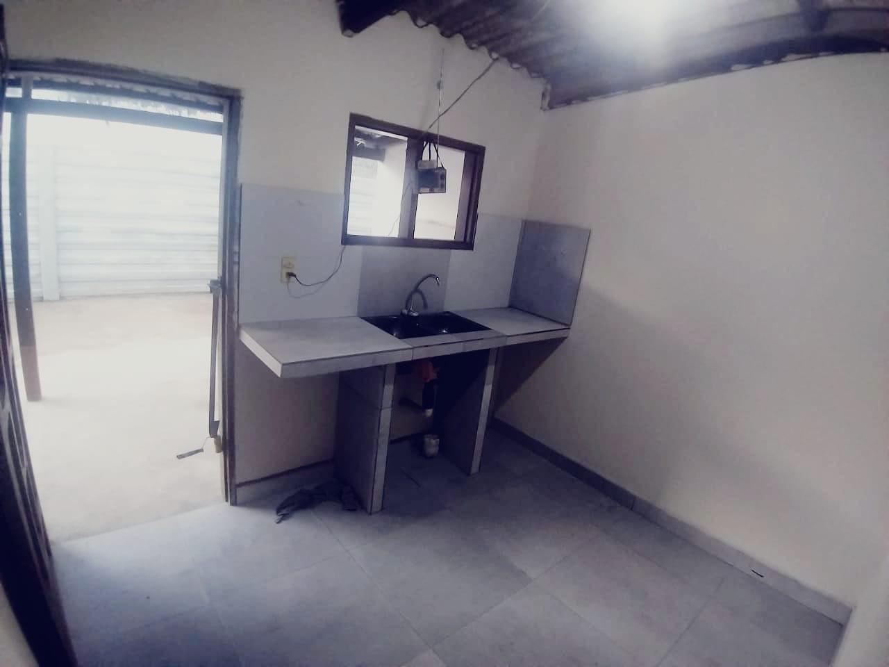 Casa en Venta 6to anillo entre radial 10 y cheguevara Foto 4