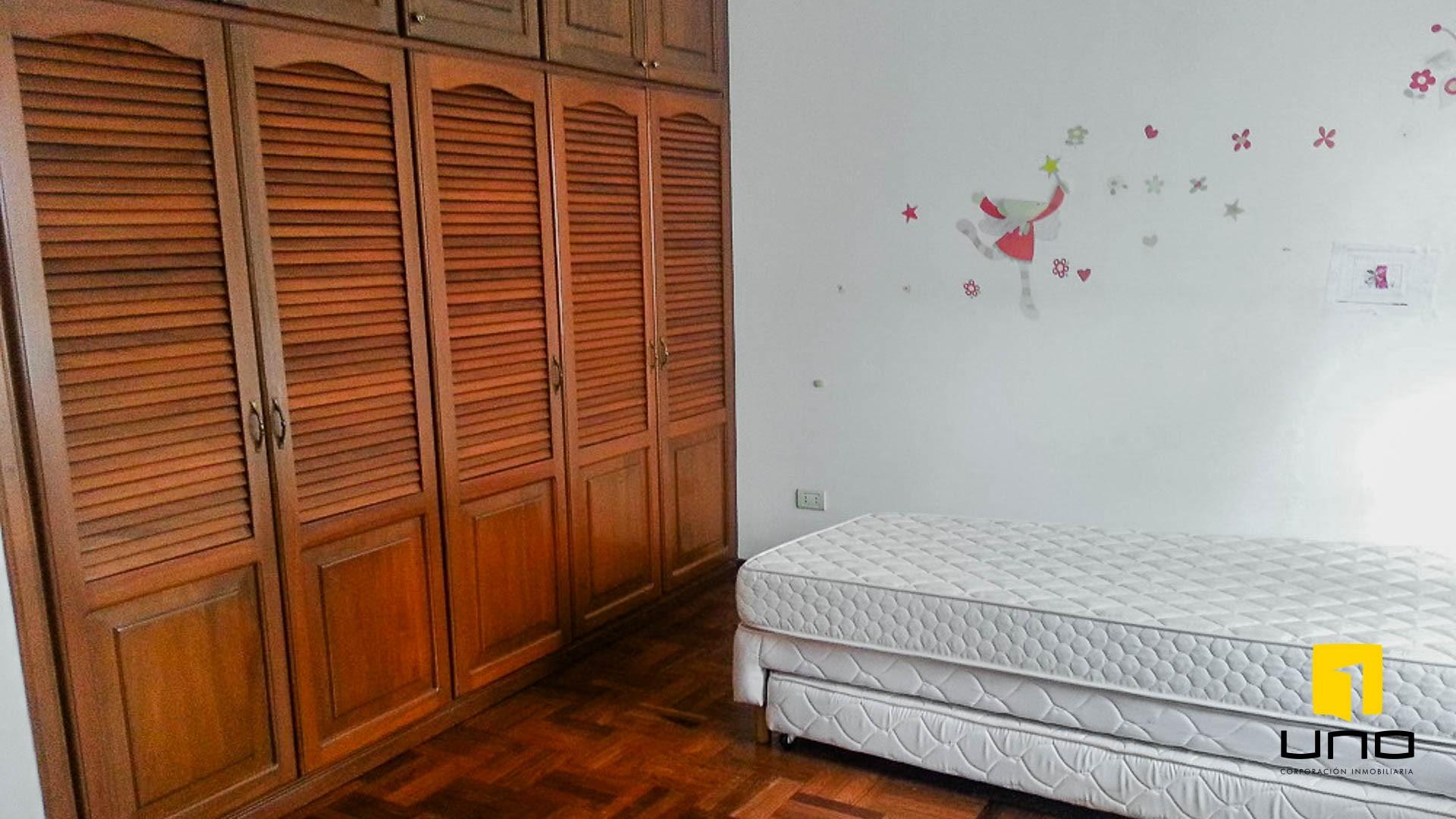 Casa en Alquiler BARRIO LAS PALMAS ALQUILO CASA COMPLETAMENTE AMOBLADA Foto 5