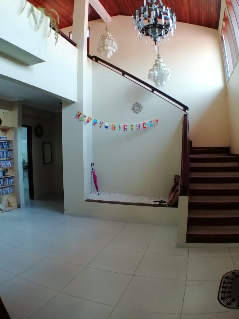 Casa en Venta AV. LA BARRANCA 3ER ANILLO Foto 2