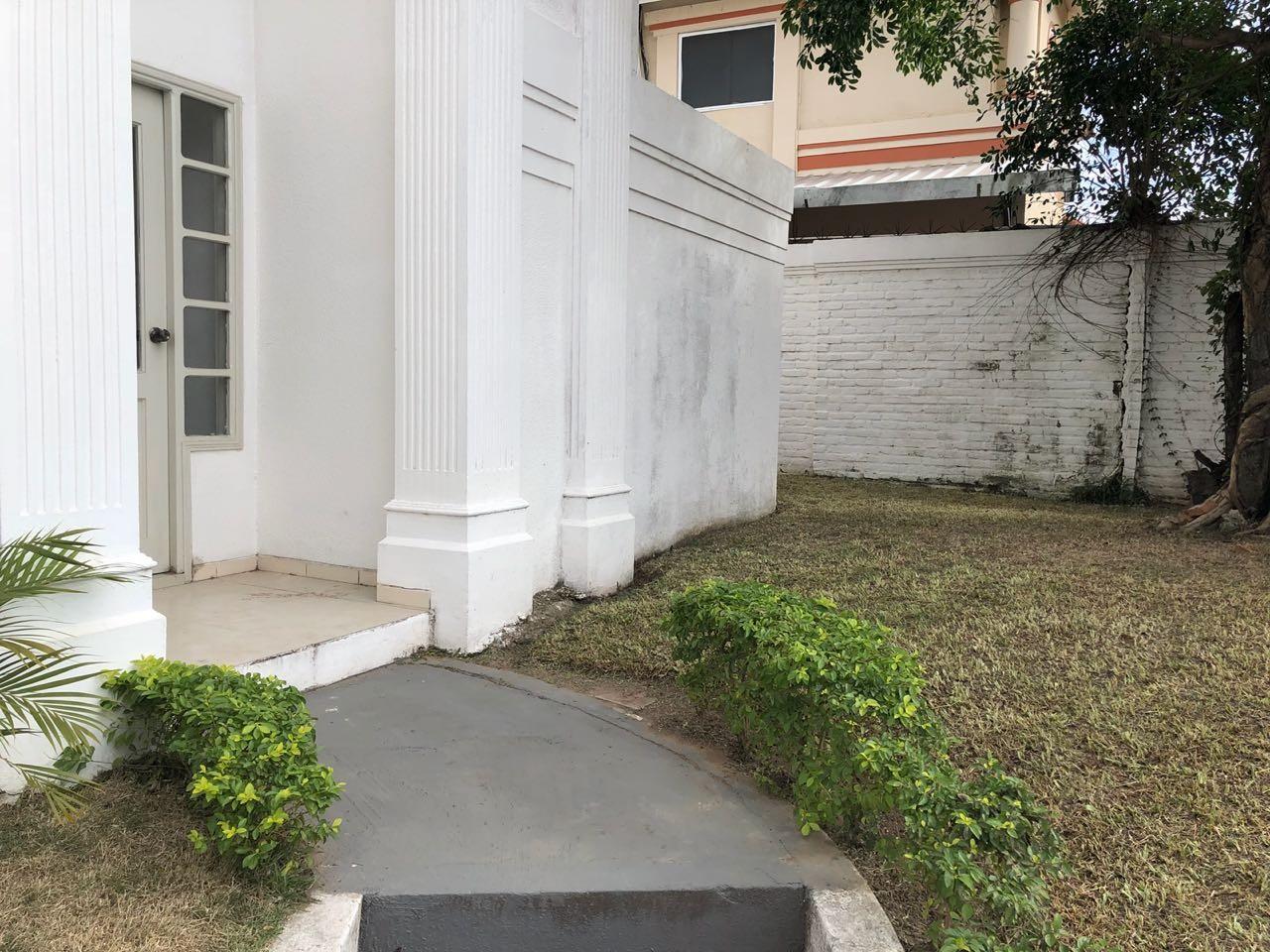Casa en Alquiler Av Piraí y 4to anillo  Foto 35