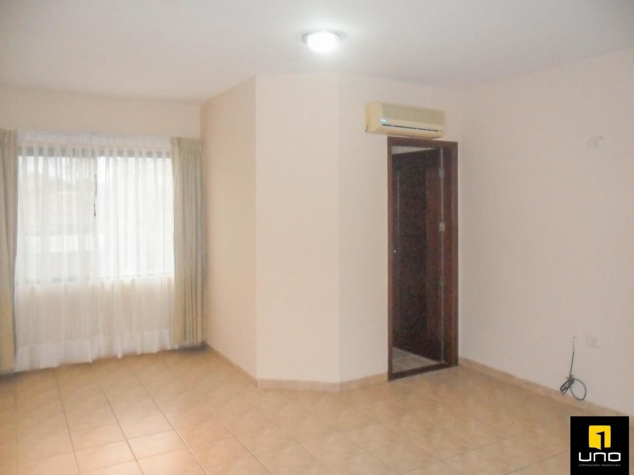 Casa en Alquiler ZONA OESTE, BARRIO LAS PALMAS Foto 4