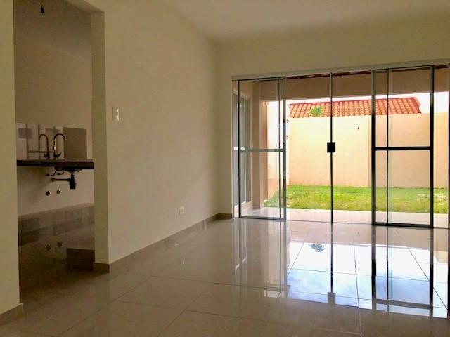 Casa en Venta ZONA NORTE COND.SEVILLA LOS JARDINES CASA EN VENTA EN ESQUINA Foto 3
