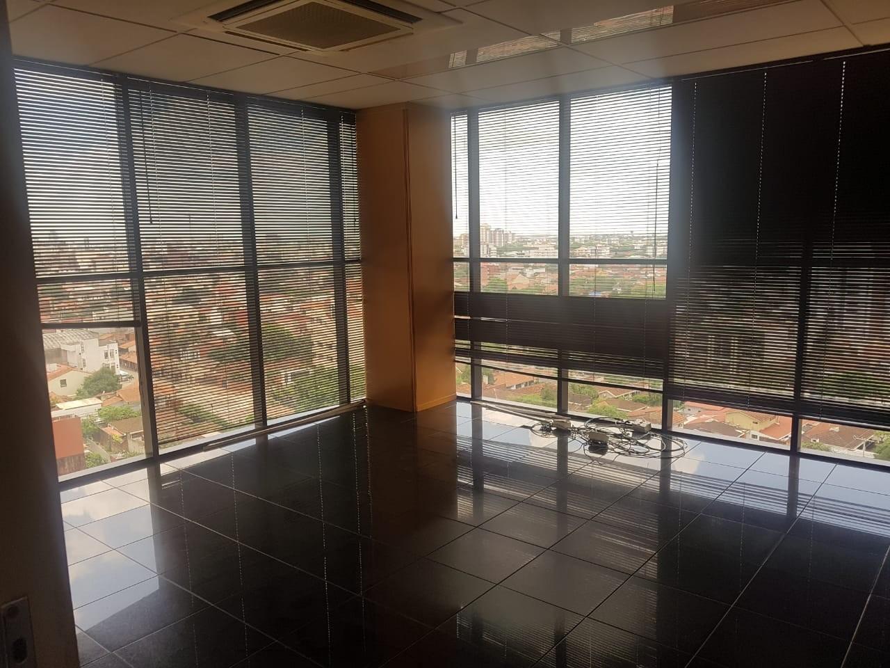 Oficina en Venta Gran oficina de lujo Torre Empresarial CAINCO   Foto 10
