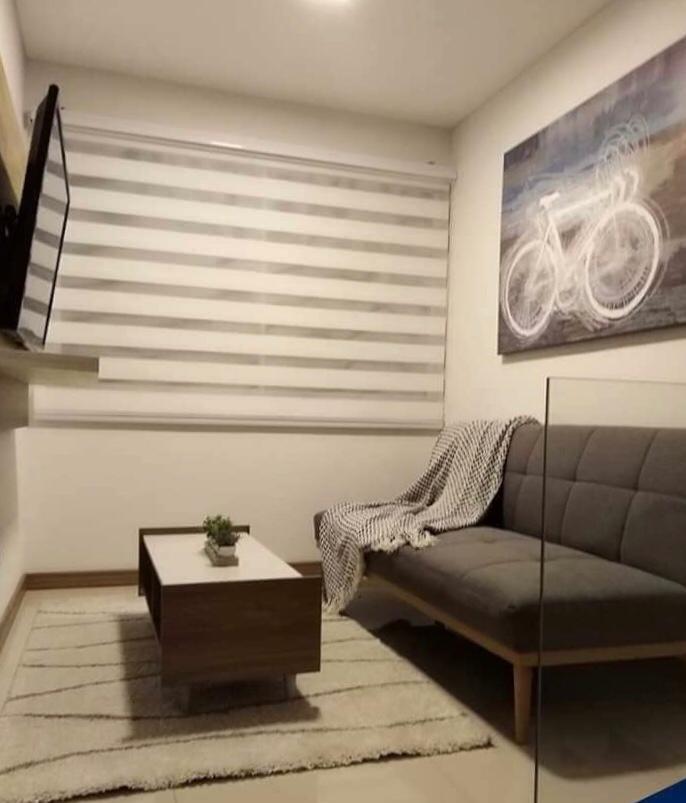 Casa en Alquiler Condominio Las Palmas del Oeste II, Av. Piraí entre 6to y 7mo anillo Foto 3