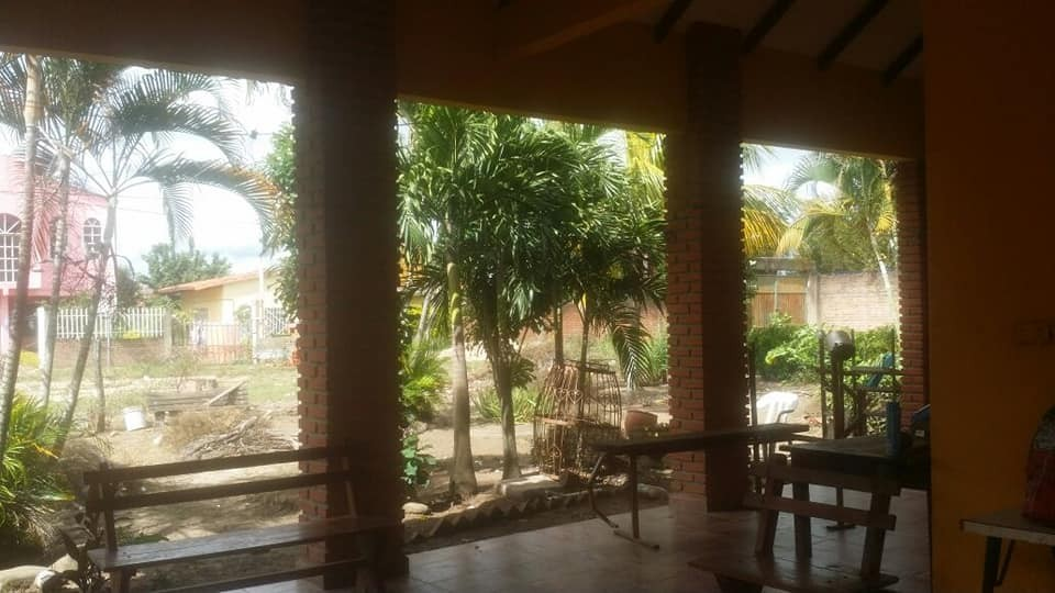 Casa en Anticretico 📍ubicada en plan 3000. Av. Paurito, ciudad alegría Foto 2