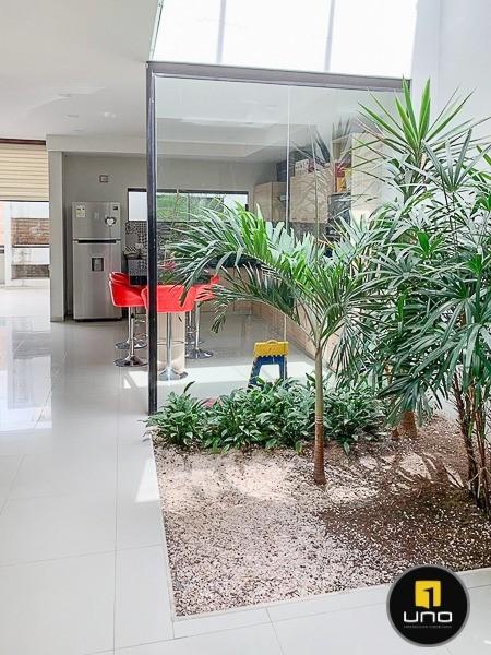 Casa en Alquiler ZONA NORTE, ENTRE 3ER Y 4TO ANILLO Foto 7