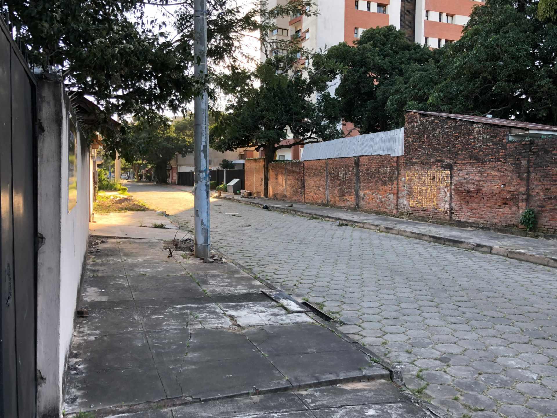 Terreno en Venta Calle El Fuerte s/n, zona barrio Los Choferes (al lado del Hostal Jodanga) Foto 2