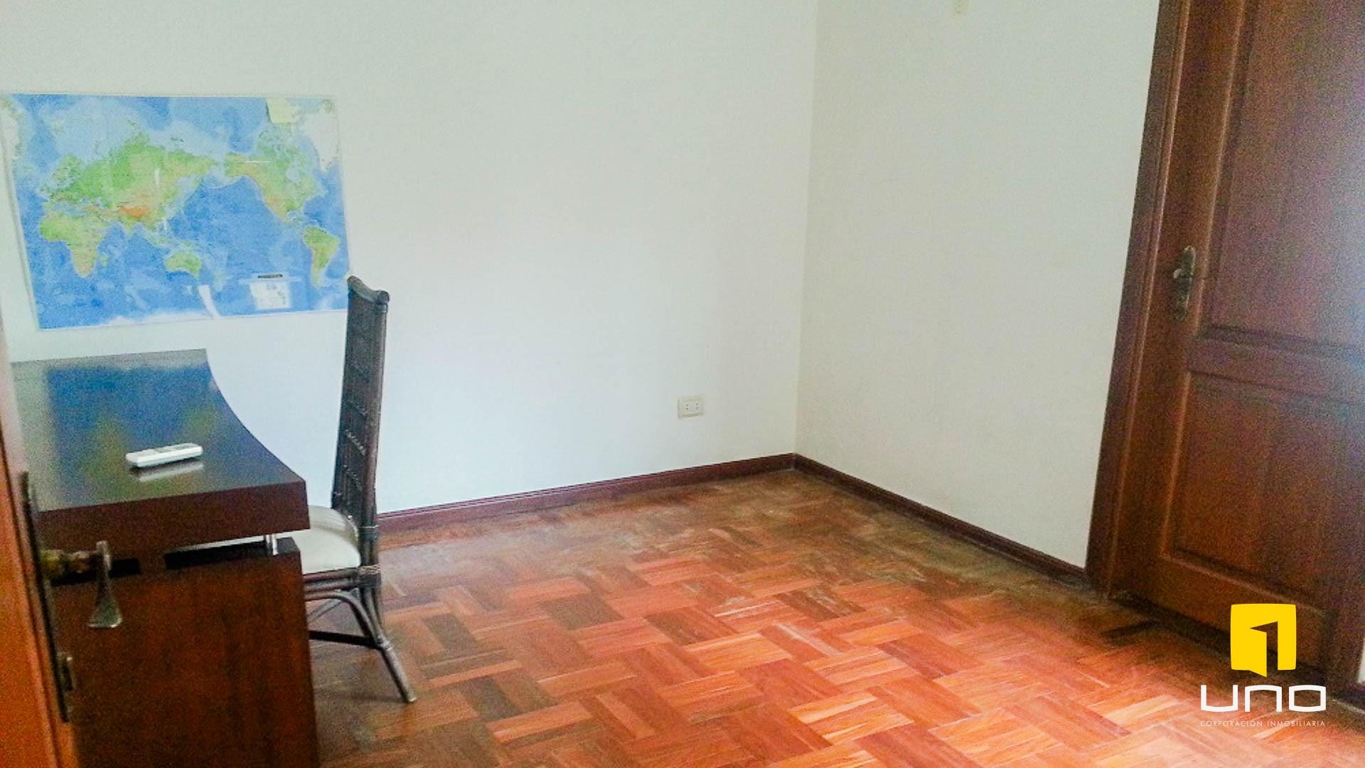 Casa en Alquiler BARRIO LAS PALMAS ALQUILO CASA COMPLETAMENTE AMOBLADA Foto 3