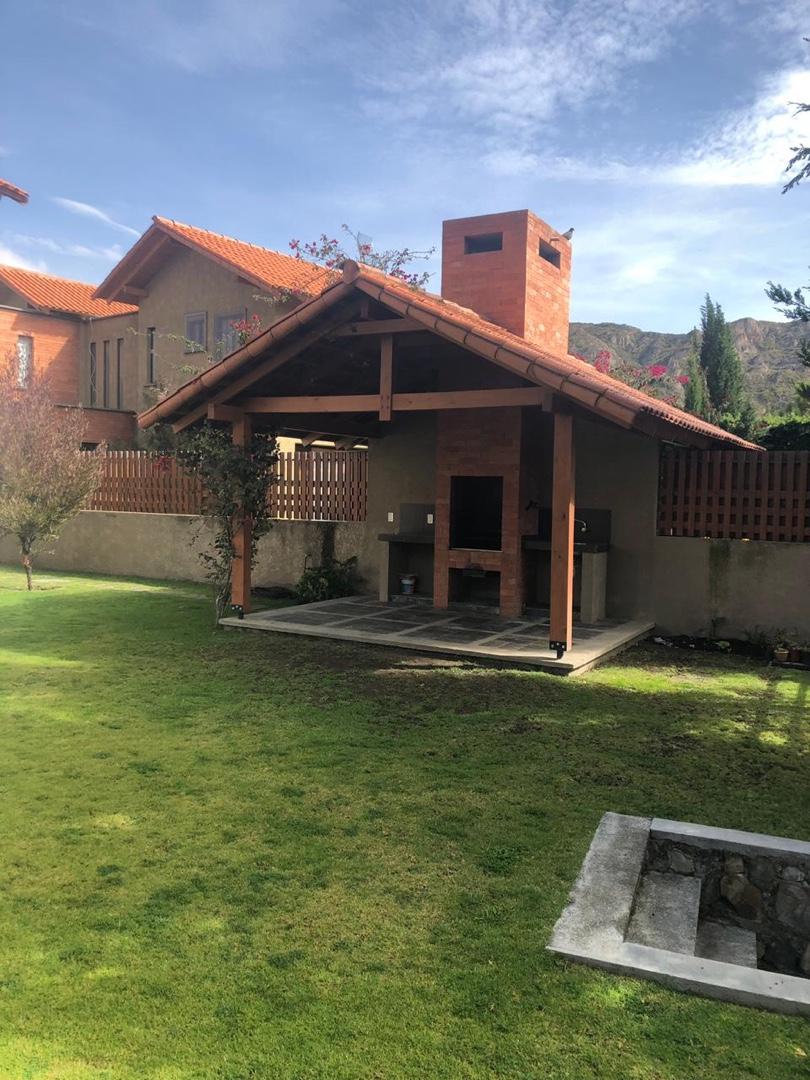 Casa en Alquiler Urbanización Isla Verde - Lado Club de Golf Foto 4