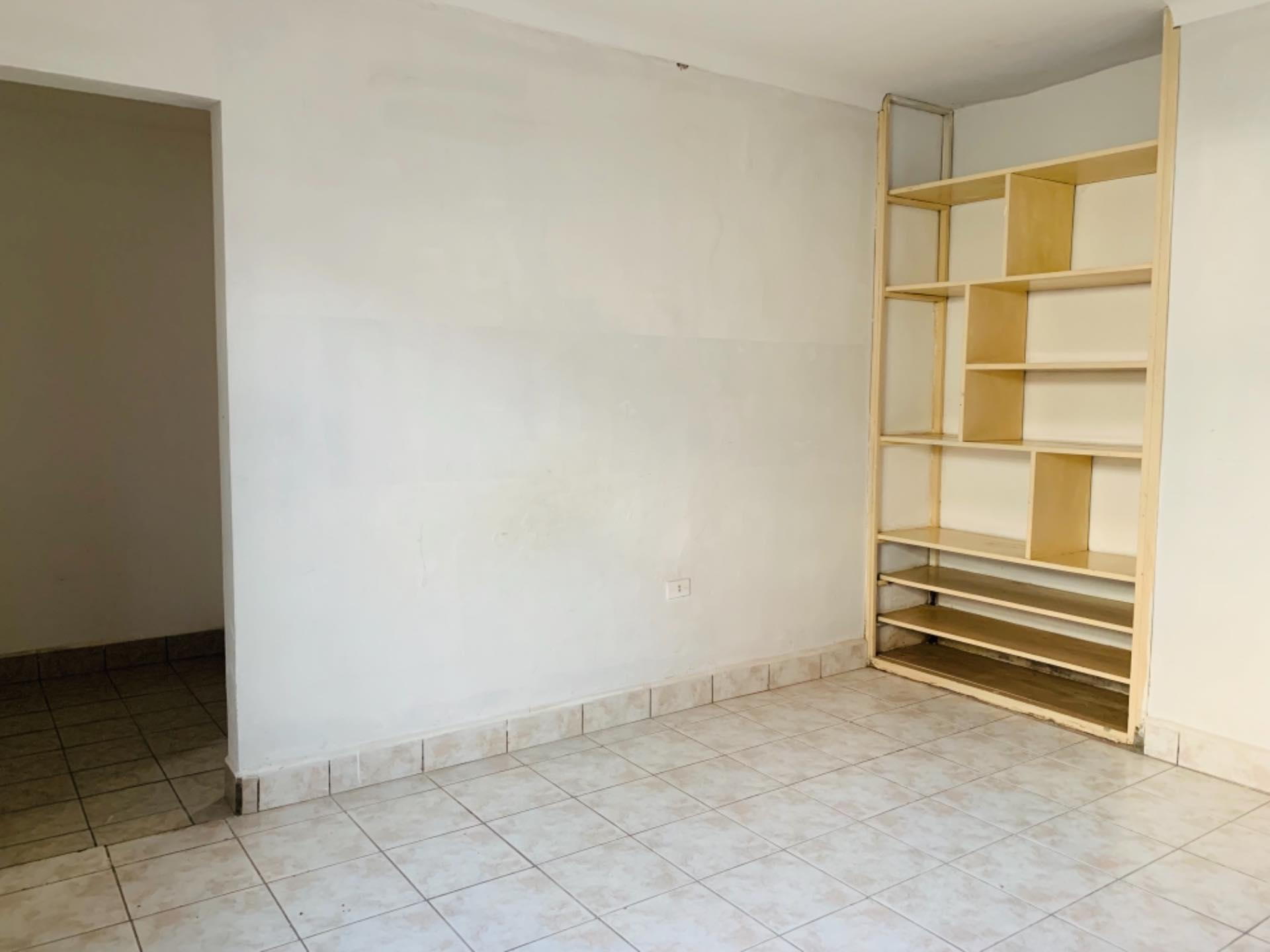 Casa en Alquiler Barrio Equipetrol entre 3er y 4to Anillo Foto 2