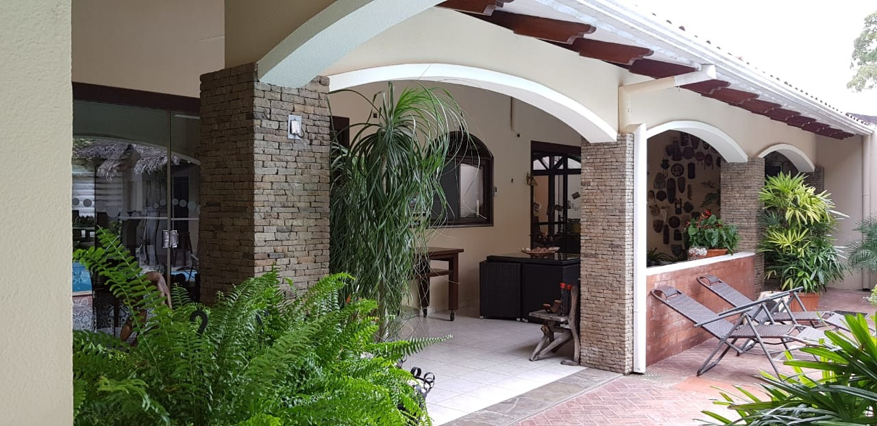 Casa en Alquiler BARRIO LAS PALMAS Foto 13