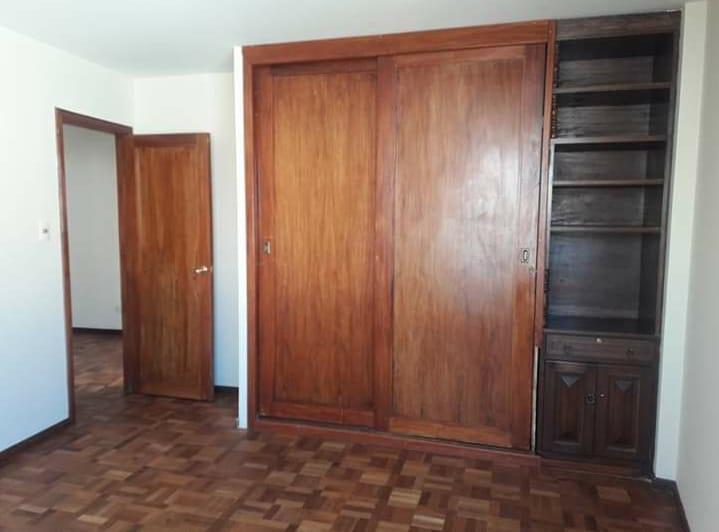 Departamento en Venta Sopocachi muy cerca a la Rodriguez, a inmediaciones de la Azpiazu,  y también de la plaza Abaroa  Foto 4