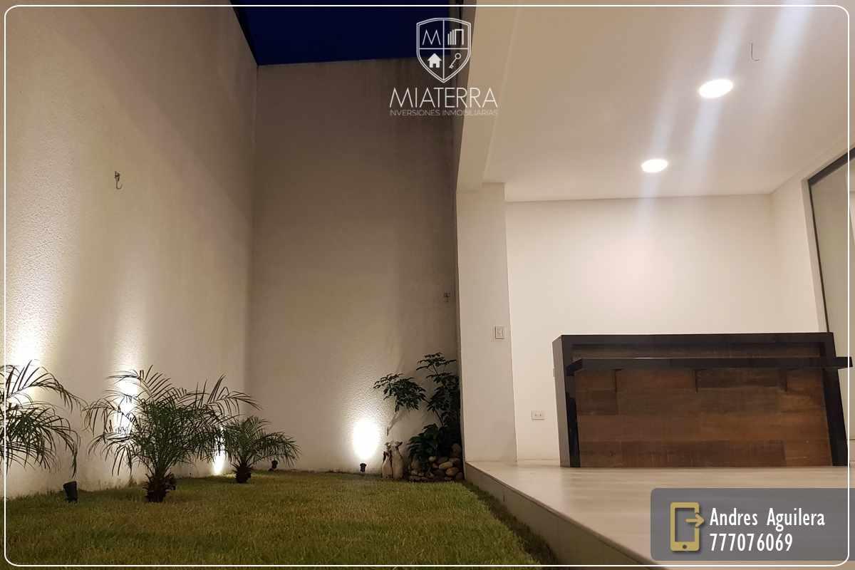 Casa en Venta Av. Alemana 3er - 4to Anillo, Zona Norte Foto 2