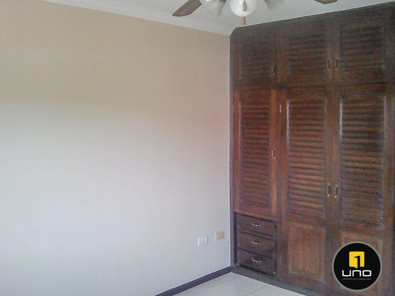 Casa en Alquiler Barrio Las Palmas; Zona Oeste Foto 10
