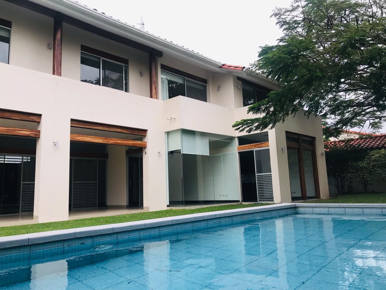 Casa en Alquiler COLINAS DEL URUBO ECTOR 1  Foto 7