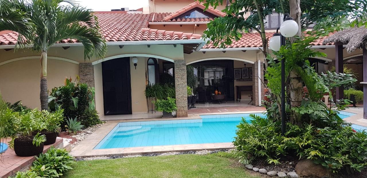 Casa en Alquiler BARRIO LAS PALMAS Foto 11