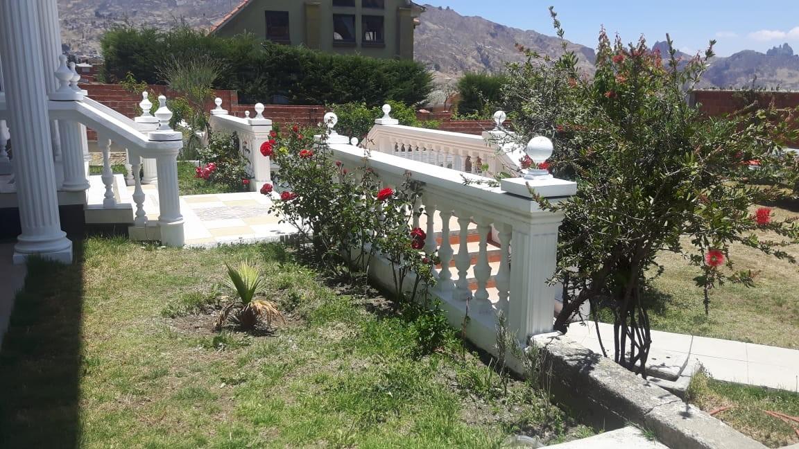 Casa en Anticretico Casa en ANTICRETICO NO MASCOTAS Las Rosas Zona Achumani La Paz todos los servicios y jardines Foto 17