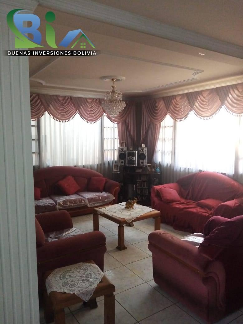 Casa en Venta $us.290.000 CASA EN ESQUINA + TIENDA PROX AV. HEROINAS ZONA SAN PEDRO Foto 7
