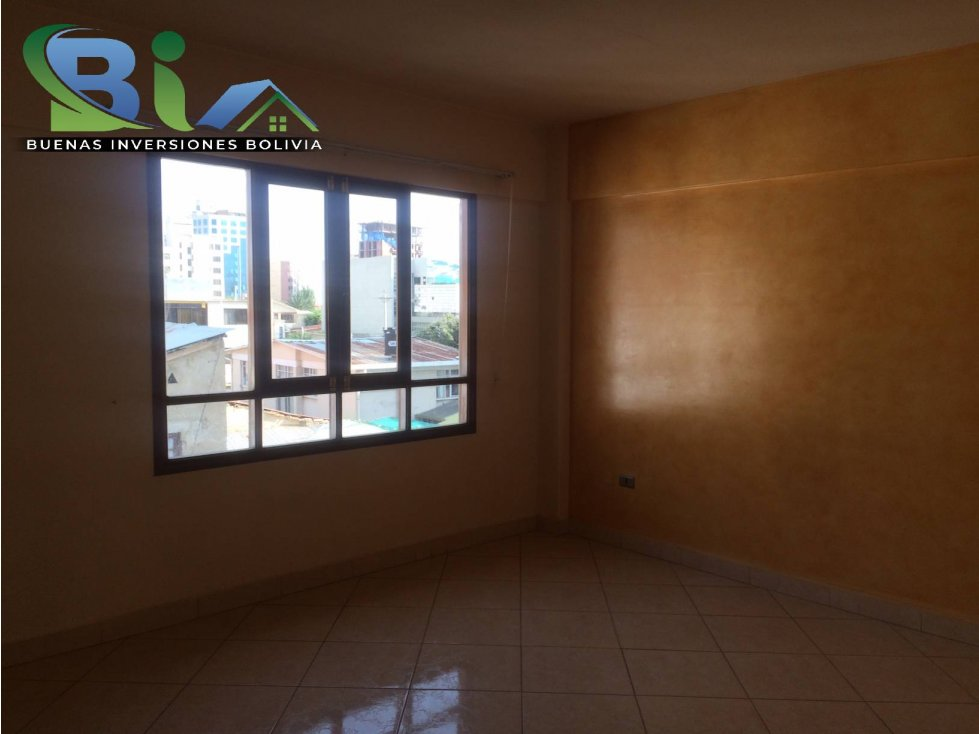 Casa en Alquiler $us1000CASA EMPRESA/FAMILIA PROX PLAZA QUINTANILLA Foto 13