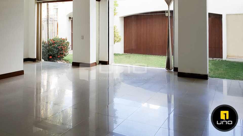 Casa en Alquiler LUJOSA CASA DE 2 PLANTAS IDEAL PARA EMPRESA O VIVIENDA EN EL BARRIO LAS PALMAS Foto 5