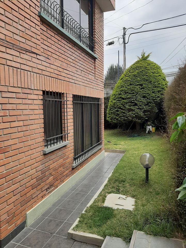 Departamento en Alquiler Calacoto Foto 11