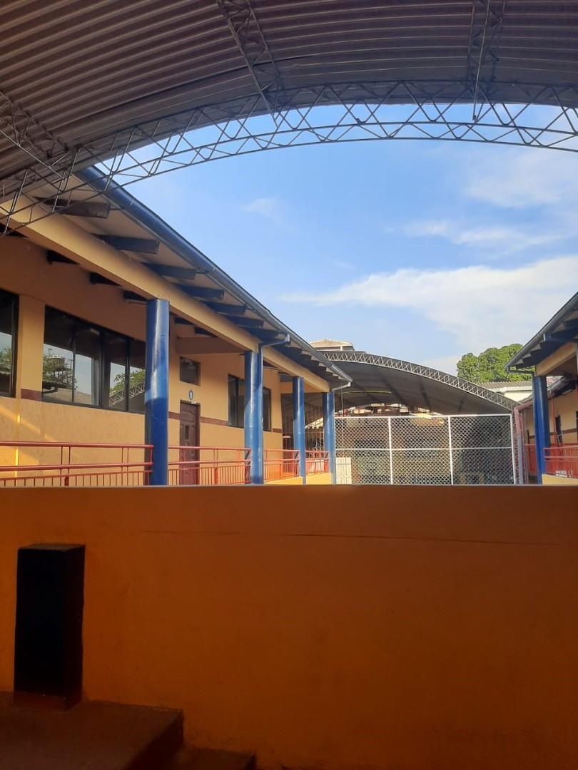 Local comercial en Venta 1ER ANILLO OMAR CHAVEZ DIAGONAL A LA RAMADA  Foto 21
