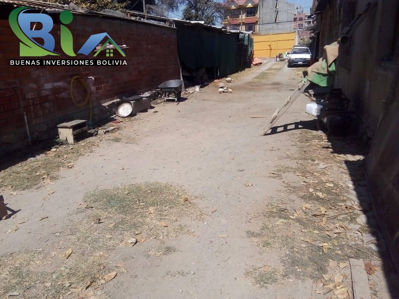 Terreno en Venta PROPIEDAD COMERCIAL SUP. TOTAL 3050M2 Aprox. A UNA CUADRA AV. BLANCO GALINDO  ZONA QUILLACOLLO Foto 2