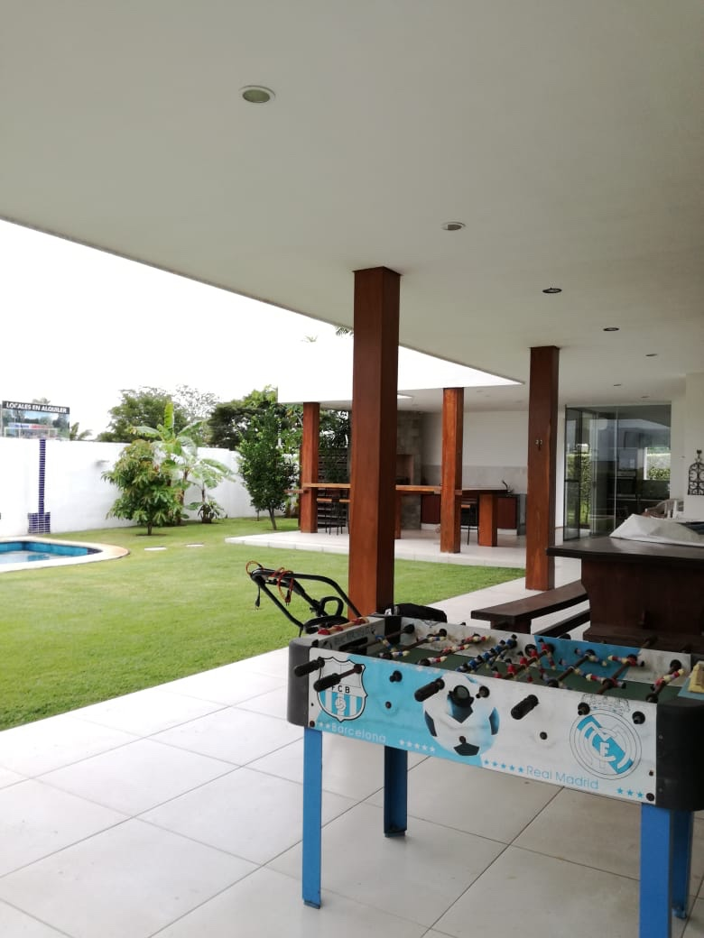 Casa en Alquiler Condominio exclusivo a pocos minutos del puente Urubó  Foto 3