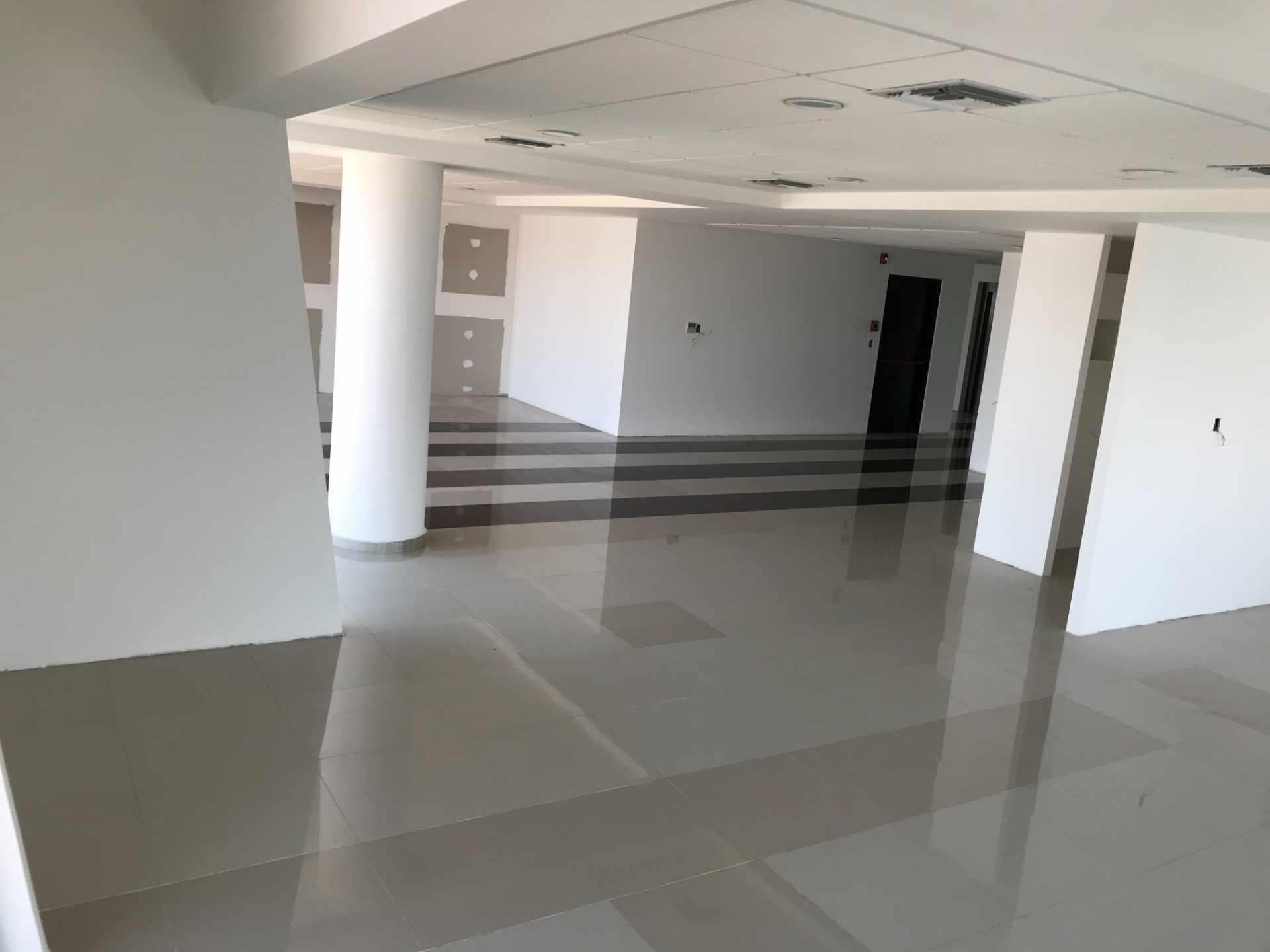 Oficina en Venta Torre de Negocios ALAS. Equipetrol Norte zona Empresarial, Av. San Martín entre 3er y 4to anillo.  Foto 18