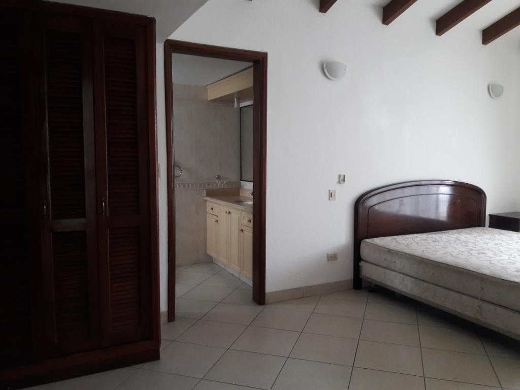 Casa en Alquiler BARRIO LAS PALMAS - AV. RADIAL CASTILLA Foto 21