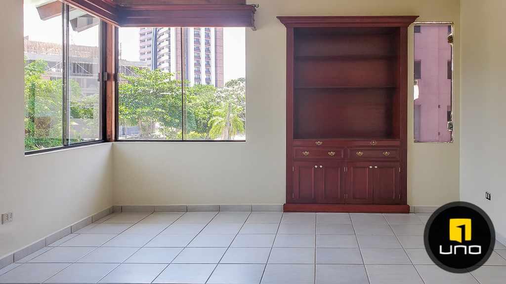 Casa en Venta Hermosa casa en venta en Equipetrol Foto 15