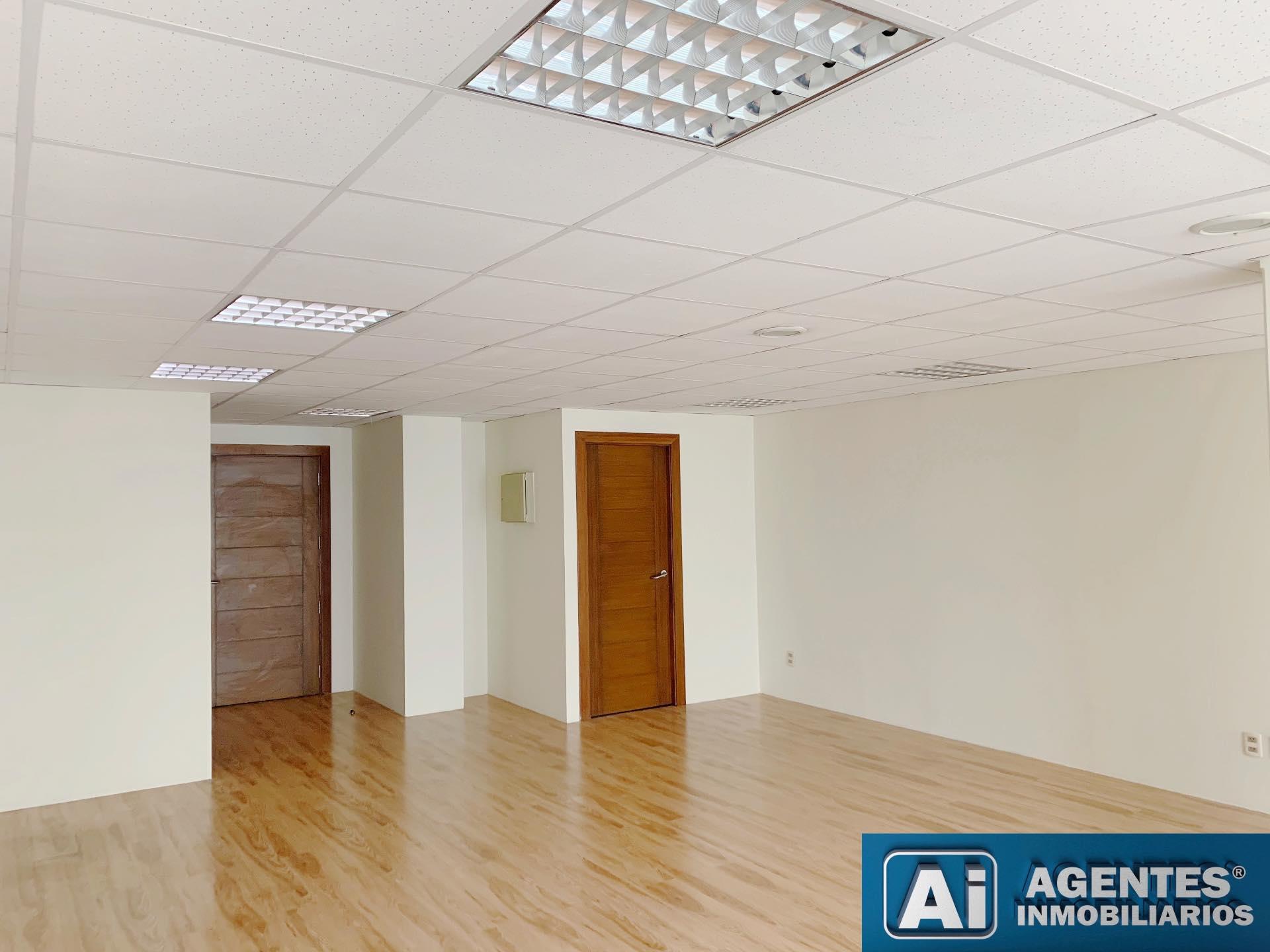 Oficina en Alquiler Av. ARCE Foto 5